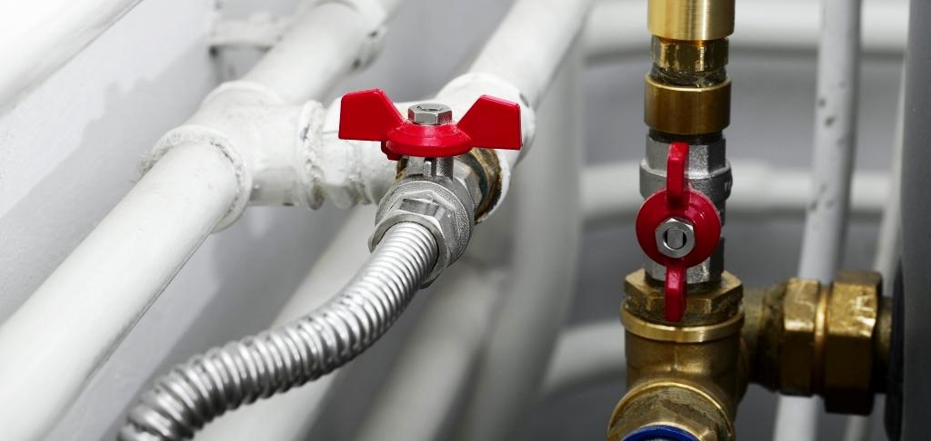 gas leak plumber repair